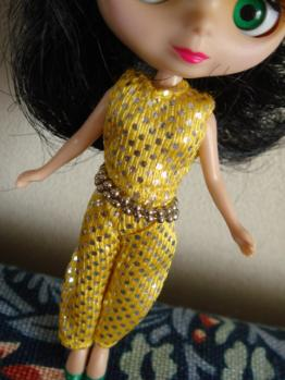 petit blythe all gold in one OF