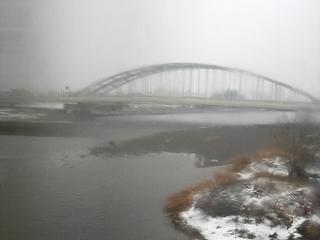 雪の多摩川1