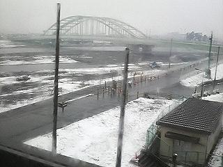 雪の多摩川2