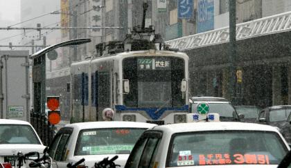 福井駅前のモ880