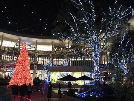 ららぽーと横浜200812
