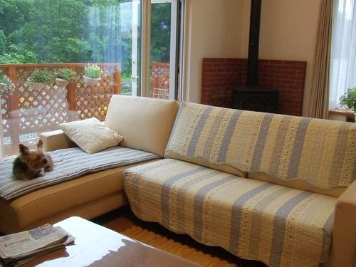090725-sofa1.jpg