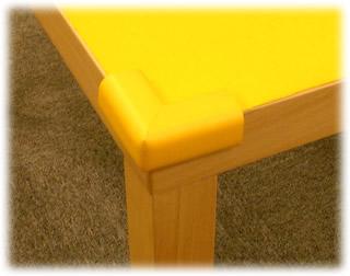 店のプレイテーブル:角ソフト材