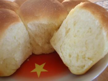 セモリナ粉のちぎりパン②