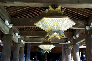 通路の天井