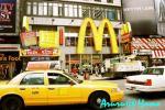 タイムズスクエアのMac