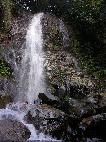 不破の滝1