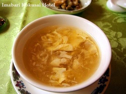 魚介の旨みたっぷりのスープ