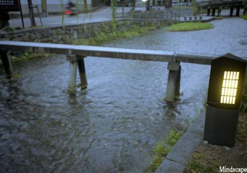 白川に掛かる石橋