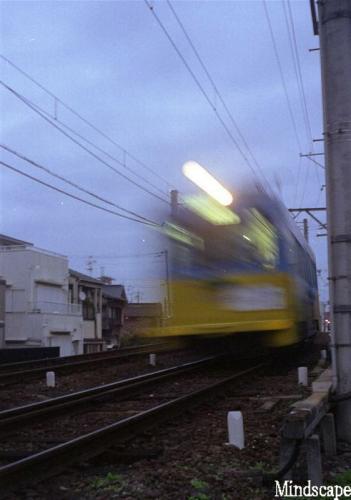 流れる電車2