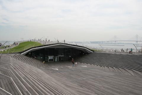 大さん橋客船ターミナル