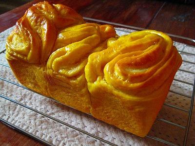 かぼちゃカスタードブレッド