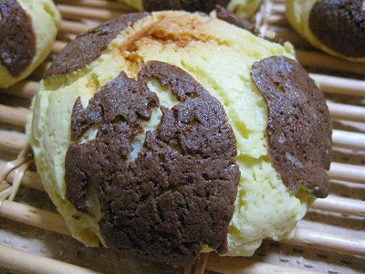 ウシさんメロンパン
