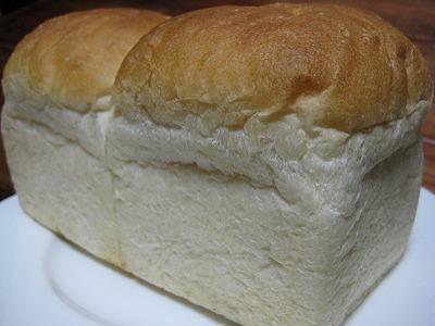 天然酵母のプレーン食パン1