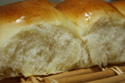 酵母はちみつミルクちぎりパン3