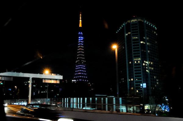 東京タワーライトアップ 首都高速から