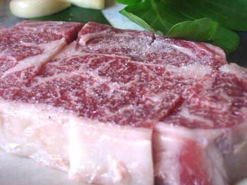 肉厚がある石垣牛のステーキ♪絶品