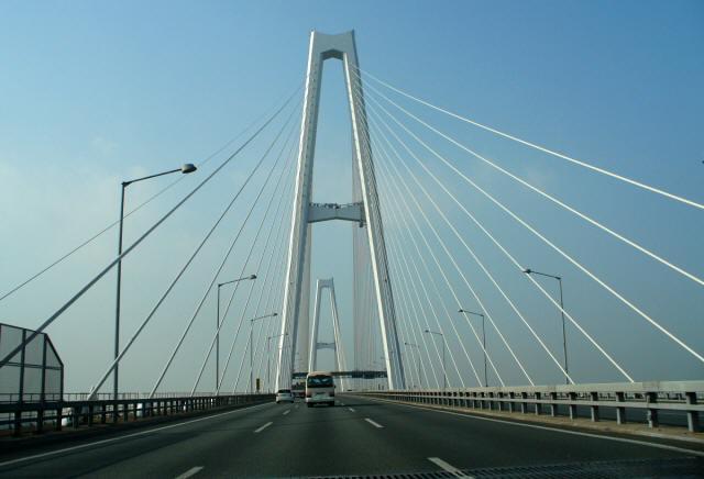 名港中央大橋1