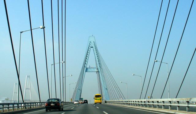 名港東大橋1