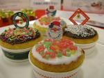 クリスマスカップケーキ