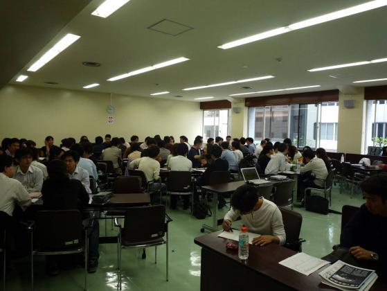 渋谷区勤労者福祉会館にて読書会♪