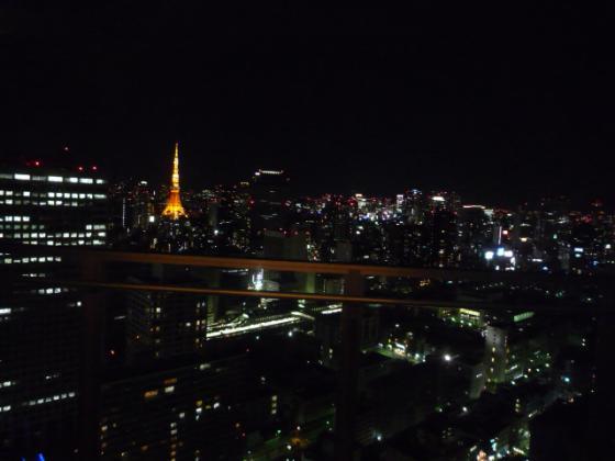 眼下には東京タワーが!!