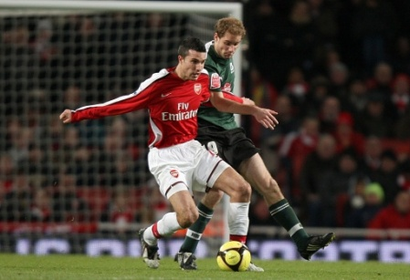 4113693597-soccer-fa-cup-third-round-arsenal-v-plymouth-argyle-emirates.jpg