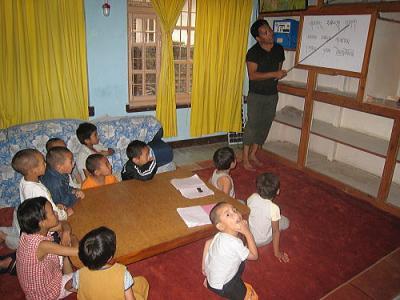 チベット語の授業