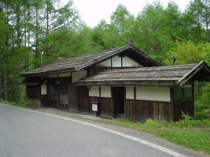 【水道屋】道からの写真