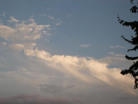 空の色って不思議。