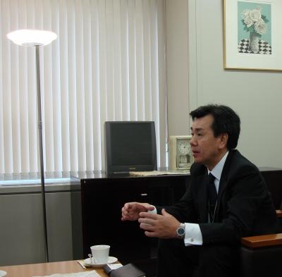 s-09-05-27KDDI四国支社
