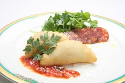 8月限定ディナーコース■前菜■「ピッツァ・フリッタ マルゲリータ」