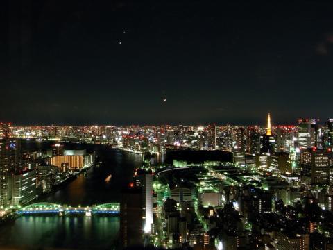 聖路加タワー夜景01