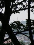 隣の市から配水塔を眺めて01
