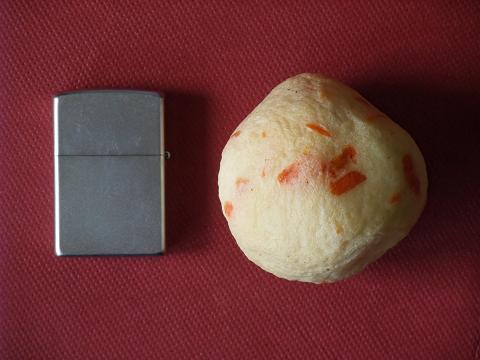 ばくだんカマボコ 西南門小 大きさ比較