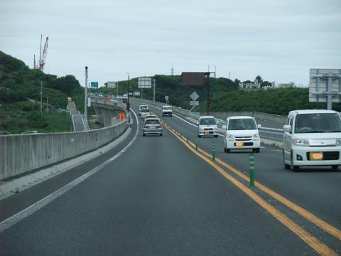 沖縄自動車道 西原JCT 一車線