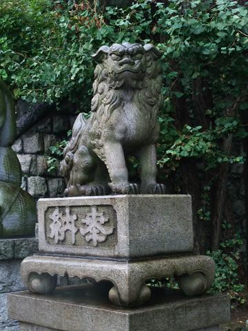 品川神社 シーサー 雌