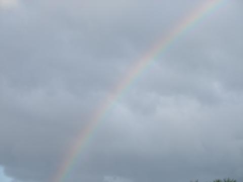 恩納村の虹 001
