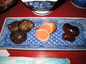 三種盛、椎茸旨煮の山葵和え・烏賊明太子詰め・煮豆