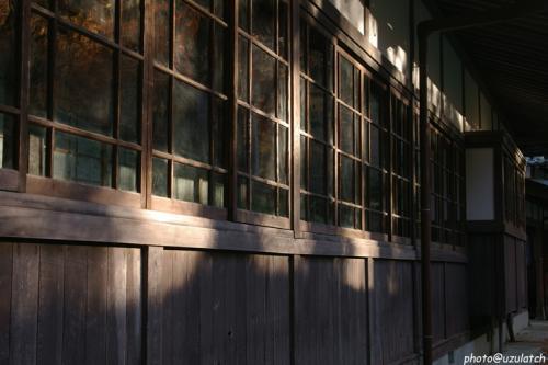 木造ガラス窓