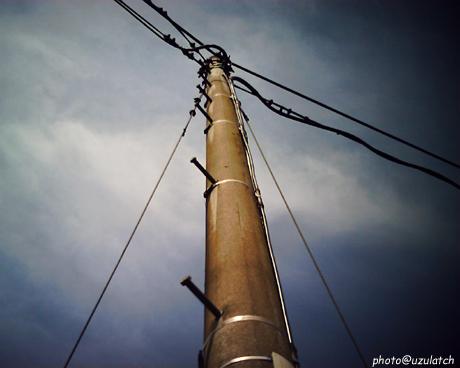 そこの電柱