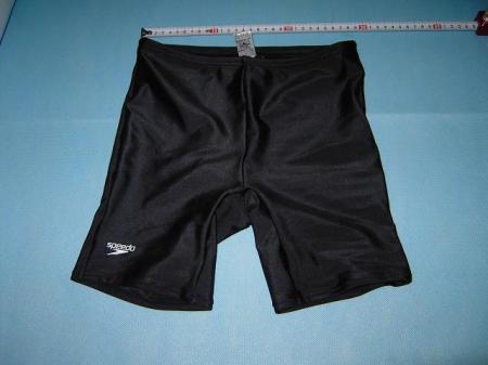 スピード社の水泳パンツ