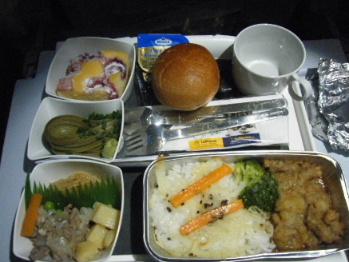 帰路機内食1