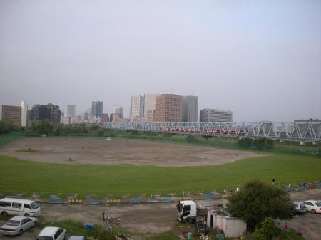 朝の多摩川河川敷②