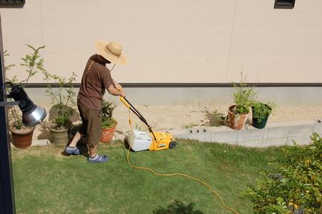 20090530車検と芝刈り2