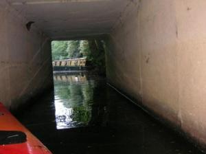 トンネルを抜けると、そこは