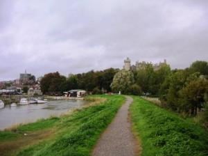 アルン川とアルンデル城