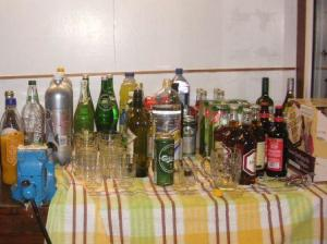 飲み物を準備し始める