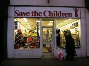 Save the Childrenの店