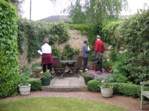 コテージの庭